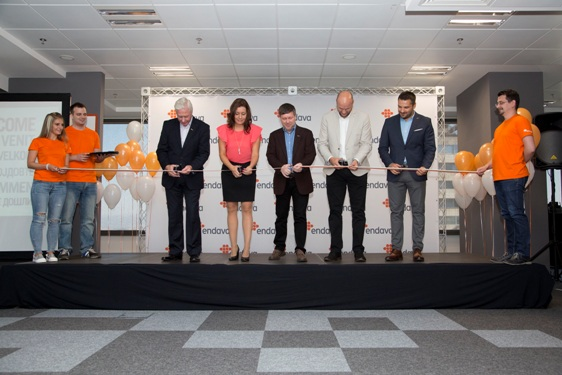 endava-ribbon-cutting