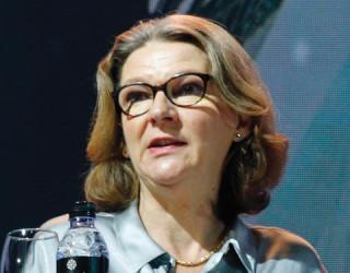 Мери Хокадей, BBC World Service English: Медийните и технологичните компании трябва да работят заедно