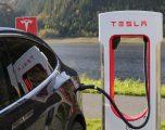 Електрическият транспорт през 2021 г.: ще могат ли конкурентите да надминат Tesla